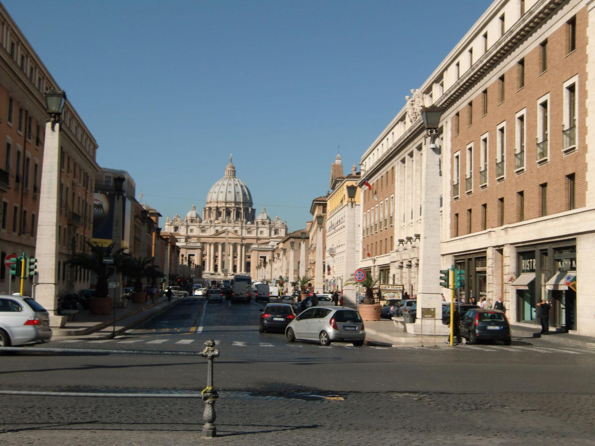 Ватикан… заворожил