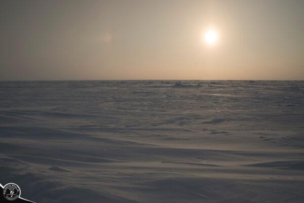 Лед… какой оннаСеверном Полюсе.