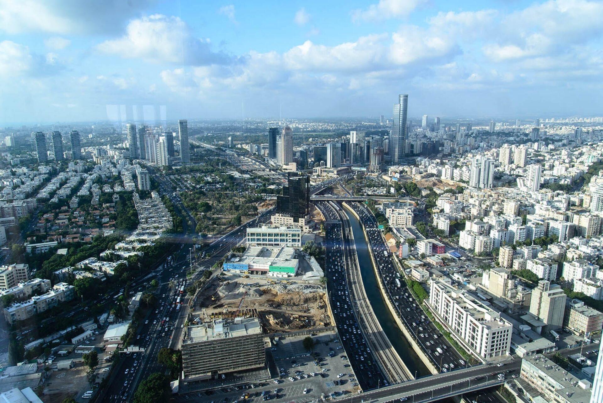 Башни Азриэли. Тель Авив.