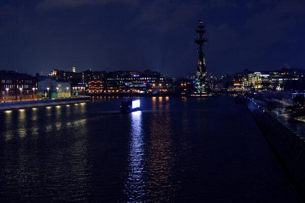 Вечерняя прогулка отХХС кКрымскому мосту.
