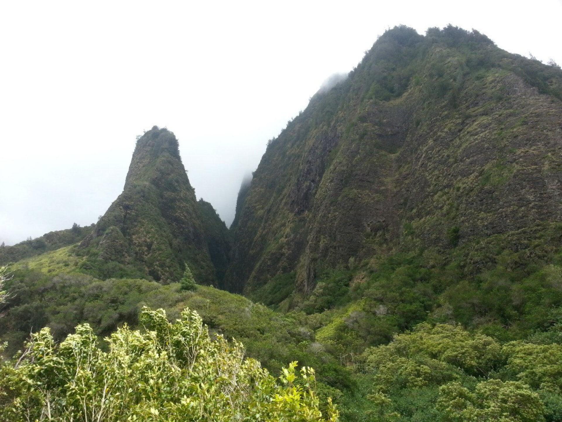Гавайи, остров Мауи: природное многообразие, закат скратера вулкана Халеакала, дорога наХану
