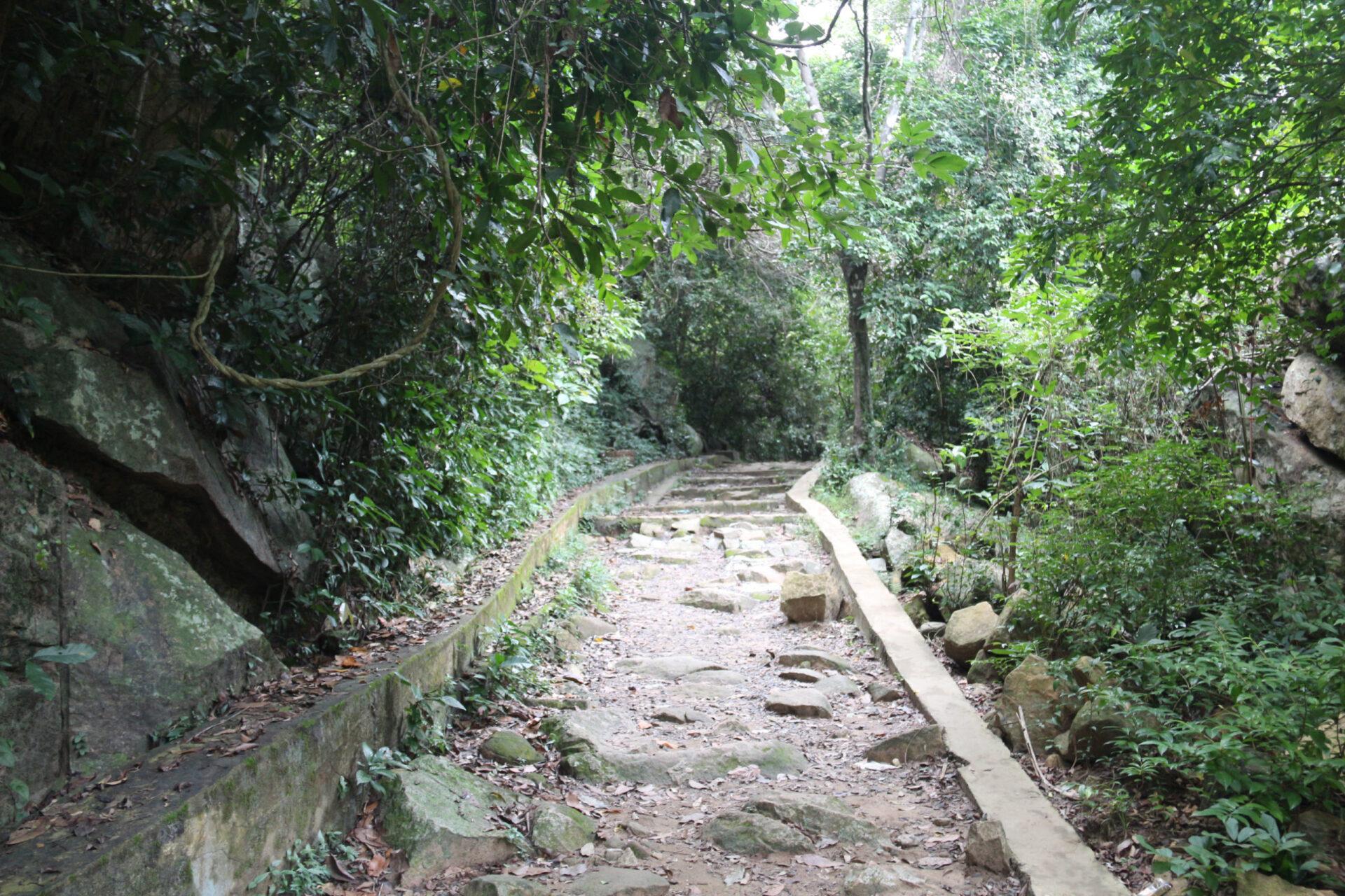 Водопад БаХо.