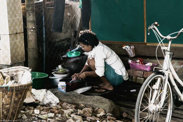 Светлые люди Мьянмы.